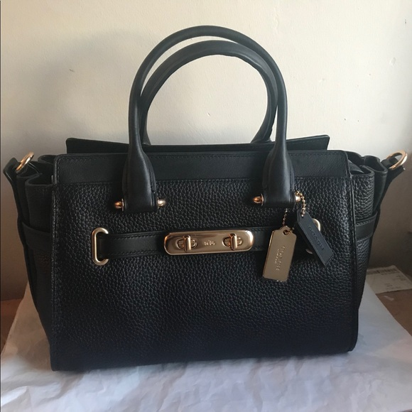 Coach Swagger 27 in Pebble Leather (Black Gold) 9e401346f1
